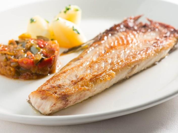 donde comer pescado gijon